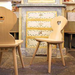 Famaco, le spécialiste en chaises et tables pour les collectivités